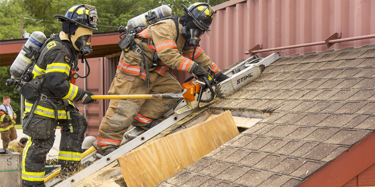 Fire students rooftop exercise