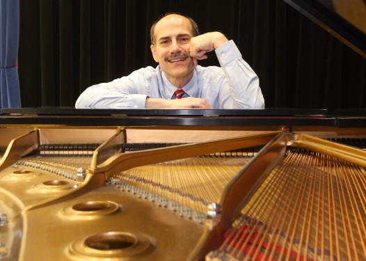 Kevin Ayesh, pianist
